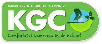 Glückliche Familien beim Zelten in Holland